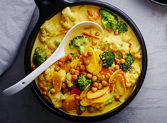 Kikärtsgryta med broccoli